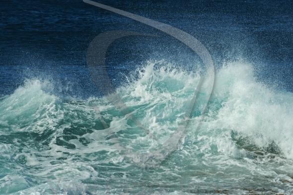 Wave spray details