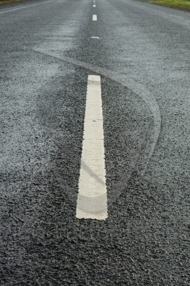 White lane markings